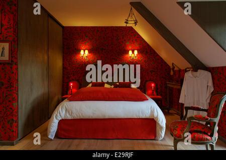 France, Morbihan, Baden, Le Val de Brangon, guest house top of the range, sleeping room - Stock Photo