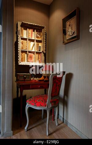 France, Morbihan, Baden, Le Val de Brangon, guest house top of the range, boudoir - Stock Photo