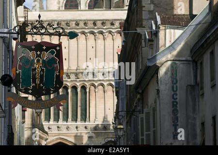 France, Cote d'Or, Dijon, Notre Dame church, street view from Musette - Stock Photo