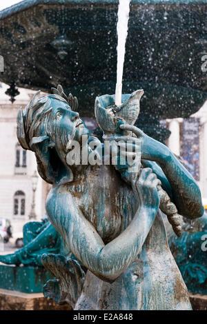 Portugal, Lisbon, baroque fountain on Praca Dom Pedro IV (or Rossio square) - Stock Photo