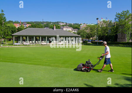 Canada, Quebec Province, Montreal, Westmount, the lawn bowling field, grass cutting - Stock Photo