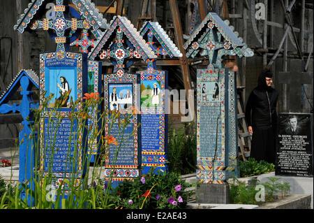 Romania, Carpathian Mountains, Maramures Region, near Sighetu Marmatiei, Sapanta colourful cemetery - Stock Photo