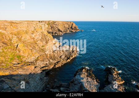 France, Morbihan, Ile de Groix, the Trou de l'Enfer (Hell Hole)