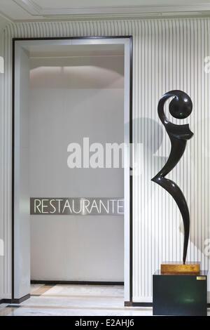 Spain, Madrid, Paseo de la Castellana, Villa Magna hotel, restaurant entrance - Stock Photo