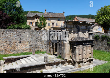 France, Lozere, near Mende, the Roman mausoleum Lanuejols higher at the end of the second century by a wealthy family - Stock Photo