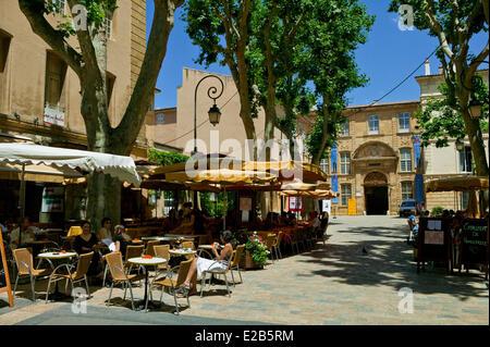 France, Bouches du Rhone, Aix en Provence, Place de l'Archeveche - Stock Photo
