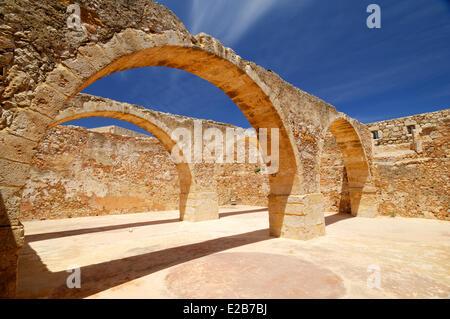 Greece, Crete, Rethymnon, Venetian fortress (Fortezza), ruins of arches - Stock Photo