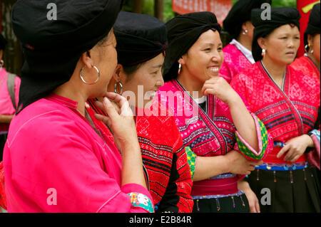 China, Guangxi Province, Longsheng, Dazhai village, Red Yao minority - Stock Photo