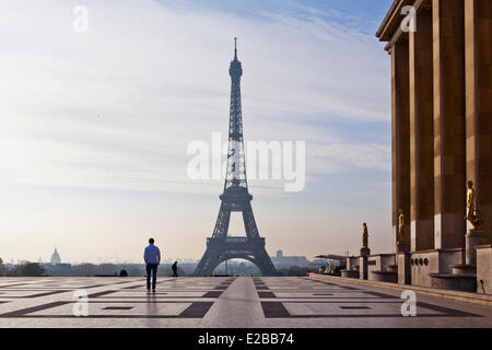 France, Paris, Place du Trocadero and Eiffel Tower - Stock Photo