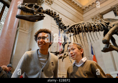 United States, New York City, Manhattan, Upper West Side, American Museum of Natural History, children in the Theodore - Stock Photo