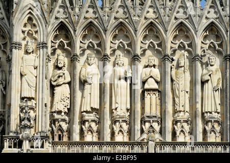 France, Marne, Reims, Notre Dame Cathedral listed as World Heritage by UNESCO, Gallery of the Kings carved on the - Stock Photo