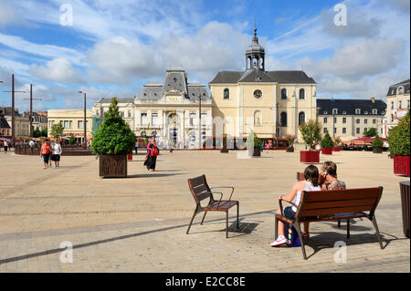 France, Sarthe, Le Mans, Place de la Republique and the Visitation church in the background - Stock Photo