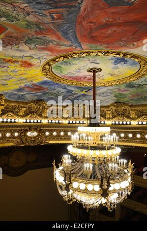 France, Paris, Garnier Opera, the ceiling cupola decorated by Marc Chagall in the auditorium and the 7 to 8 ton - Stock Photo
