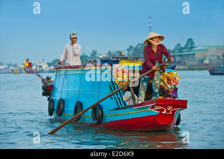 Vietnam An Giang porvince bordering Cambodia the Mekong Delta Chau Doc Town traveling grocery store on the floating - Stock Photo
