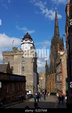 United Kingdom Scotland Edinburgh listed as World Heritage by UNESCO Castelhill Lawnmarket High Street - Stock Photo