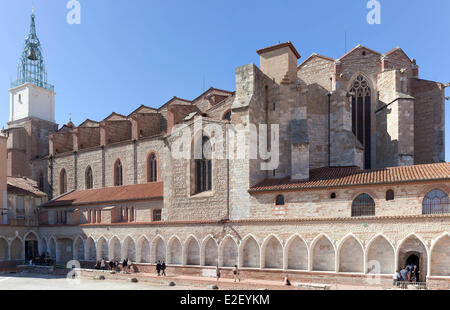 France, Pyrenees Orientales, Perpignan, Saint Jean cathedral and the Campo Santo, the only cloister cemetery in - Stock Photo