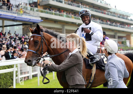 Ascot, Berkshire, UK. 19th June, 2014.  Altano with Eduardo Pedroza up. Ascot racecourse. (Pferd, Jockey, Altano, - Stock Photo