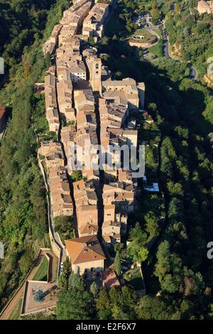 Italy, Tuscany, Val d'Elsa, Colle di Val d'Elsa (aerial view) - Stock Photo