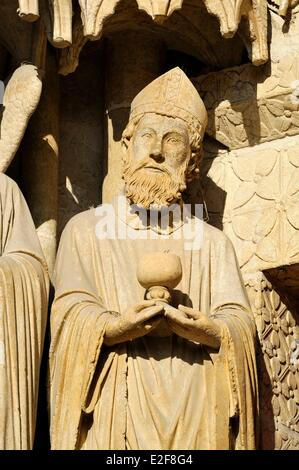 France, Somme, Amiens, Notre Dame Cathedral of Amiens listed as World Heritage by UNESCO, statue on the facade of - Stock Photo