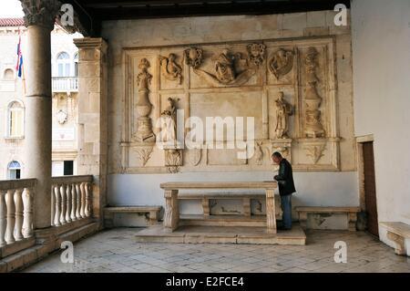 Croatia, Dalmatia, Dalmatian coast, Trogir, historical center listed as World Heritage by UNESCO, the Loggia - Stock Photo