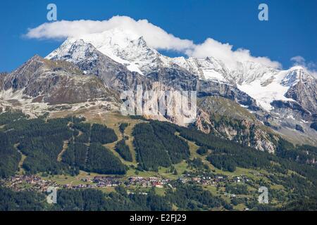 France Savoie Peisey Nancroix Massif de la Vanoise paradiski the Mont Pourri (3779m) and the Dome de La Sache (3601m) - Stock Photo