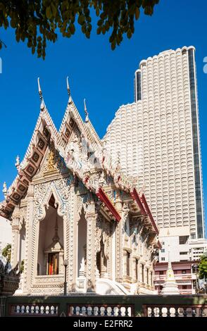 Thailand Bangkok Bang Rak district Buddhist temple Wat Suan Plu with the substance of the State Tower built in 1981 - Stock Photo
