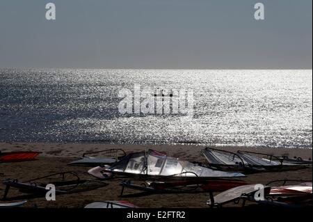 France Aude Gruissan. Gruissan Beach cottages canoe-Kayak and Wind Surf - Stock Photo
