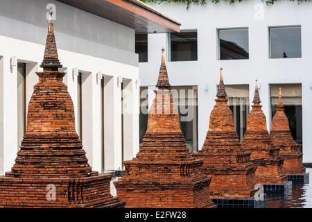Thailand Bangkok Sukhothai luxury hotel designed by architect Kerry Hill and Edward Tuttle