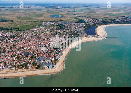 France Vendee La Tranche sur Mer the village and the beach (aerial view) - Stock Photo