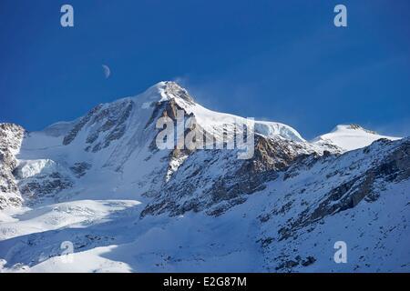 Italy Aosta valley Gran Paradiso Gran Paradiso summit (4061m) - Stock Photo