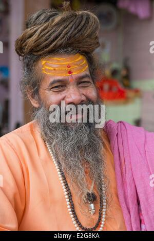 India Uttarakhand State Haridwar one of the nine holy cities to Hindus on the banks of the Ganga river saddhu - Stock Photo