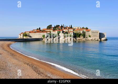 Montenegro Adriatic coast Bay of Budva Sveti Stefan peninsula fortified village of Stefan-Svesti transformed into - Stock Photo