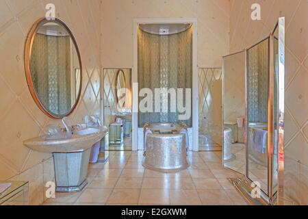 France Paris Quai d'Orsay hotel of Foreign Ministry Queen's bathroom - Stock Photo