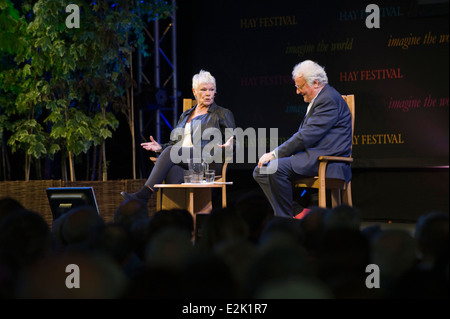Actress Judi Dench talking about her Shakespearean work and her life, on stage at Hay Festival 2014   ©Jeff Morgan - Stock Photo