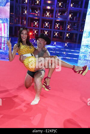 Verona pooth konny reimann on german rtl tv show 39 die for Pool show tv