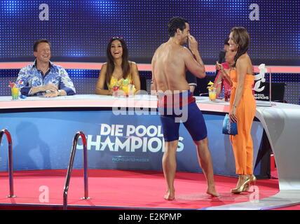 Jan kralitschka on german rtl tv show 39 die pool champions for Pool show tv