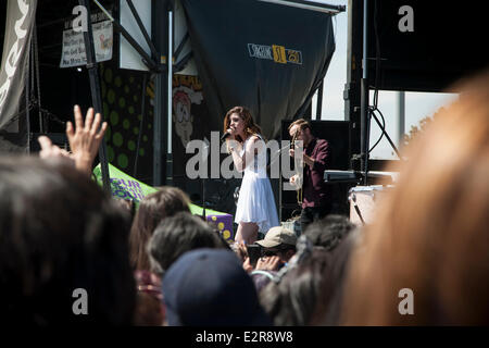 Pomona, CA, USA. 20th June, 2014. Echosmith performs at the Vans Warped Tour. Thousands of young alternative music - Stock Photo