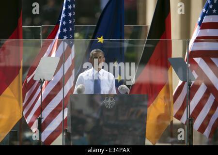 U.S. President Barack Obama, German Chancellor Angela Merkel at the Brandenburg Gate  Featuring: Barack Obama Where: - Stock Photo