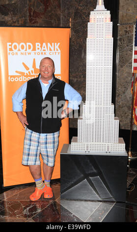 The Chew Cast mario batali & cast of the chew to light empire state building