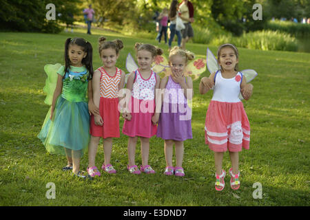 June 21, 2014 - Old Westbury, New York, U.S - Wearing fairy wings are, L-R, PRISCILA BLANCHET, four years old, in - Stock Photo