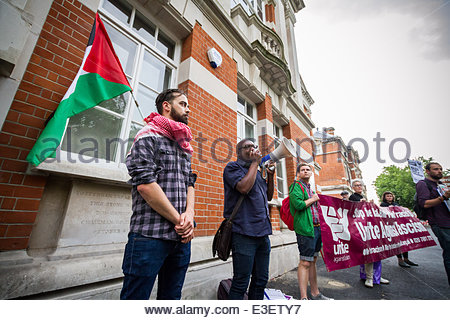 London, UK. 23rd June, 2014. Unite Against Fascism protest vigil against 'Polish Neo-Nazi' attacks in Tottenham, - Stock Photo