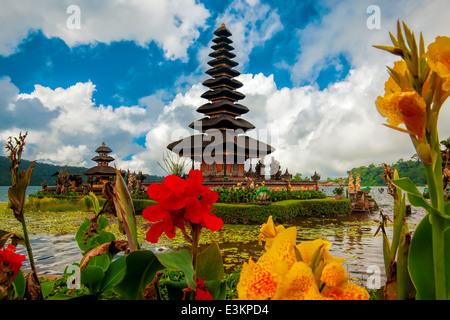 Ulun Danu Temple - Stock Photo