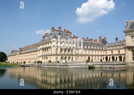 Chateau de Fontainebleau - Stock Photo