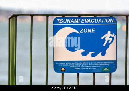 Tsunami evacuation route sign in Auckland New Zealand - Stock Photo