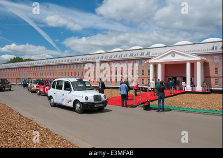 The Royal Hospital, Chelsea, London UK. 25th June, 2014. Masterpiece Art and Antiques Fair, in association with - Stock Photo