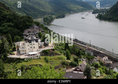 Cargo barge on the Rhine river in Kaub - Rheinsteig between Lorch and Kaub - Hesse - Germany - Stock Photo