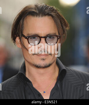 London, UK, UK. 29th June, 2009. Jhonny Depp attends the UK premiere of 'Public Enemies'at Empire Leicester Square. - Stock Photo