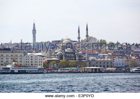 The Yeni Cami, meaning New Mosque; originally named the Valide Sultan Mosque. Istanbul, Turkey - Stock Photo