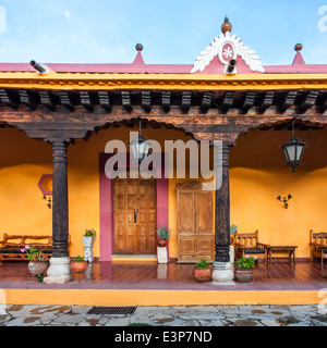 Colonial 18th century house in downtown San Cristobal de las Casas, Chiapas, Mexico. - Stock Photo