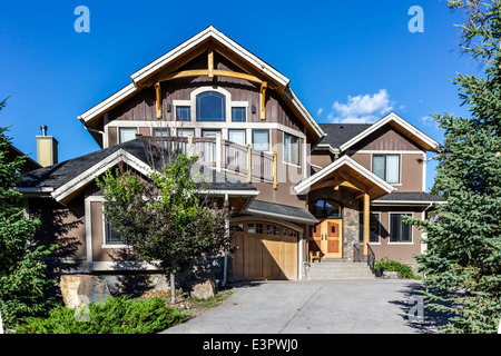 Western American style home in suburbia. - Stock Photo